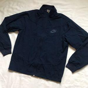 Nike Sportswear Windbreaker Jacket in Navy Blue